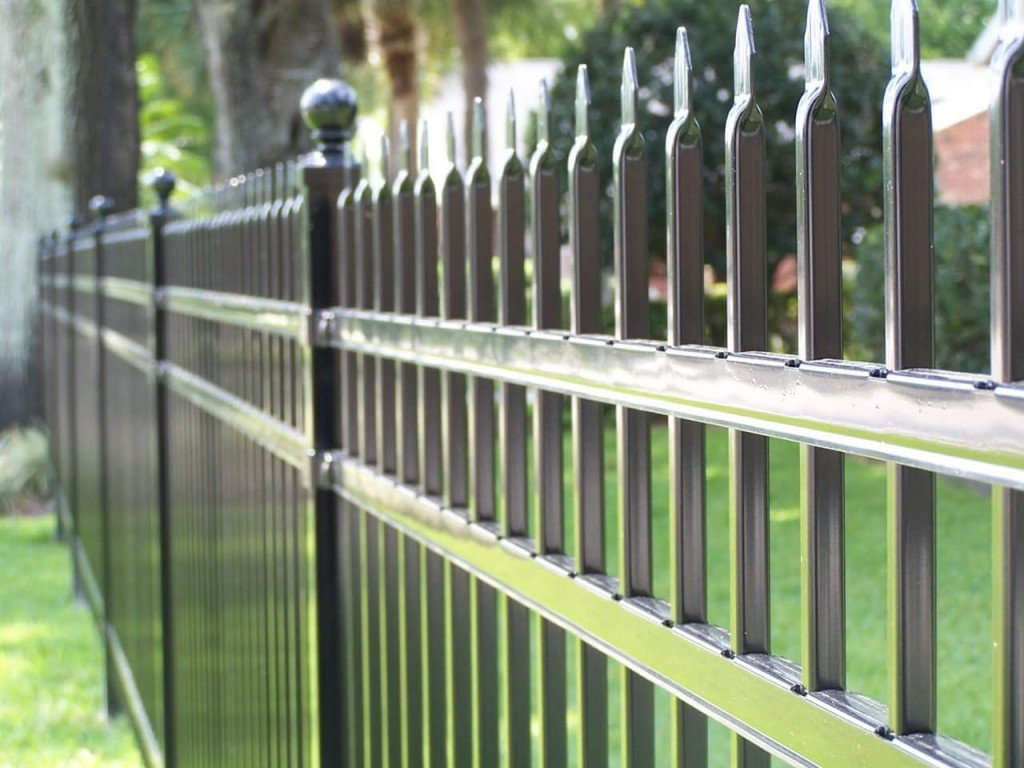 top fencing repair specialist near Orlando