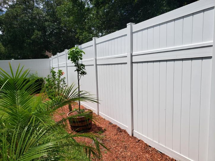 professional fencing contractor in Orlando FL