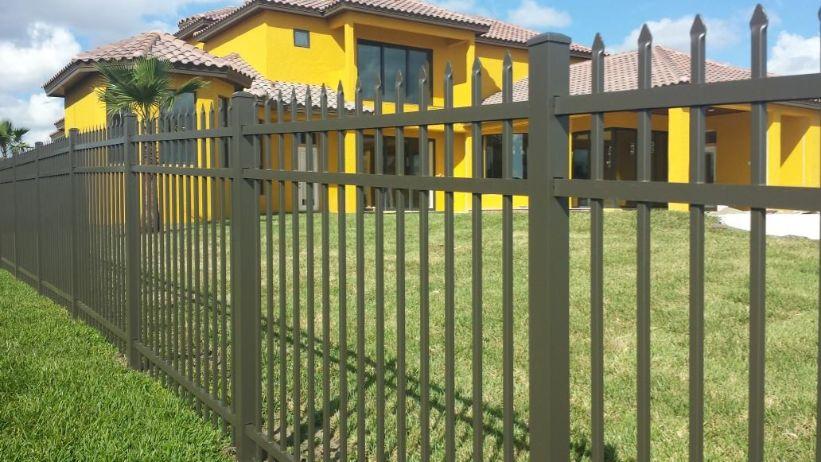 best winter garden fence installation team