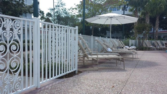 winter garden fence installation company
