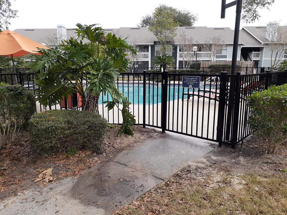 Best fence services Tildenville, Florida