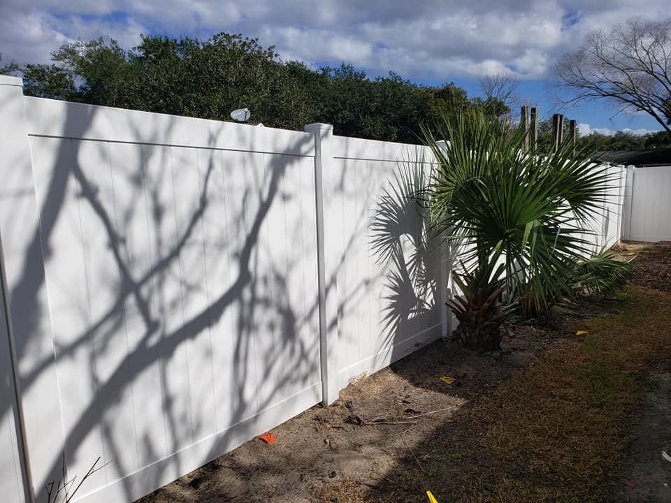 Top fence companies near Kissimmee, Florida