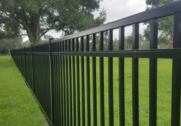 top fencing contractor near Orlando